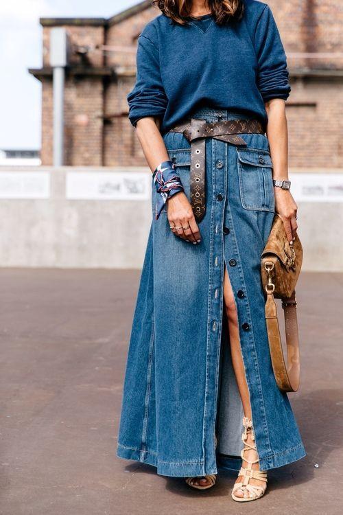 Jupe en jean longue fendue